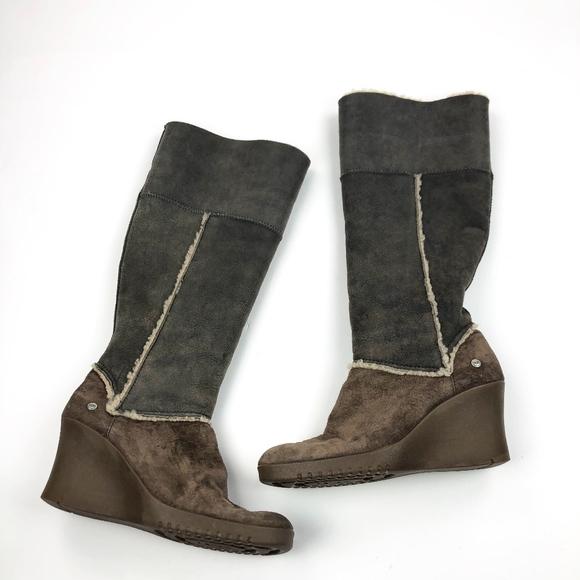 5f5f64b410a Ugg Australia Sandra Suede Wedge Boots 5451 Sz 10